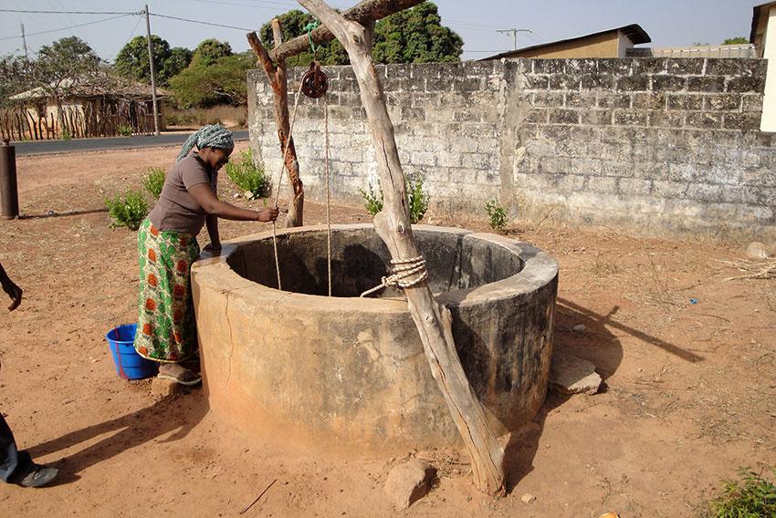 Brunnen gebaut